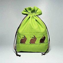 Úžitkový textil - Bavlnené vrecúško jarné vyšívané zajačiky (•••) - 11196186_