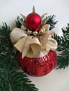 Dekorácie - Bordová vianočná guľa - 11195707_