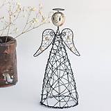 Socha - anjelka- svietnik - 11199655_