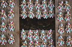Pierka - Folk svadobné pierko pre hostí - 11199198_
