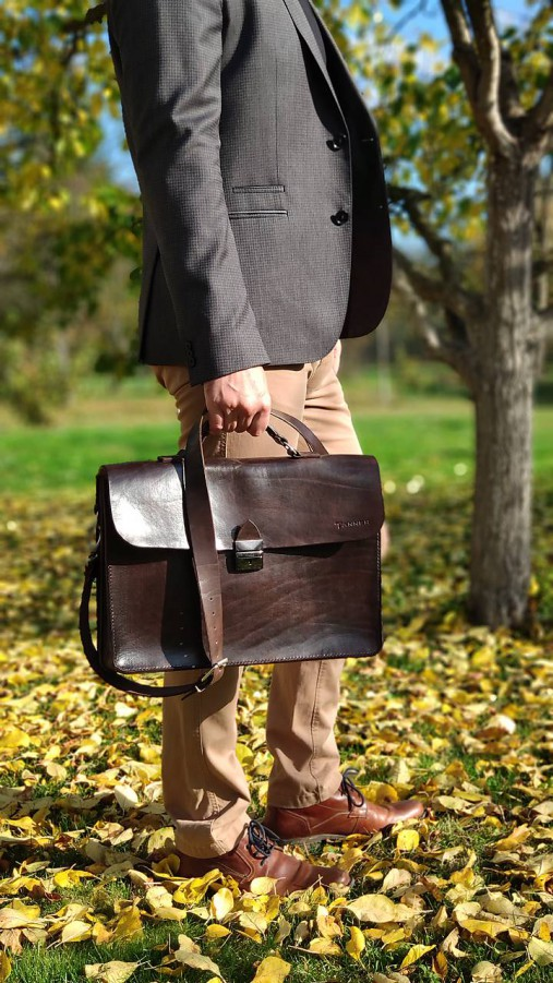 Kožená notebooková taška/aktovka