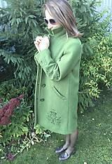 Kabáty - vlnený zimný kabát s výšivkou - 11199457_