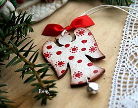 Dekorácie - Anjel cinkavý, biely, vianočná ozdoba - 11206167_
