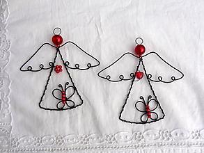 Dekorácie - anjelik s motýlikom ...červený - 11205889_
