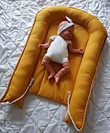 Textil - Hniezdo pre bábätko z ľanovej látky v horčicovej farbe - 11205204_