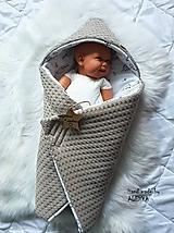 Textil - Zateplená vafle deka so strieškou v béžovej farbe - 11205530_