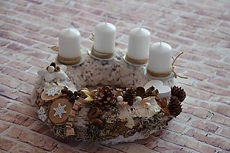 Dekorácie - Vianočný adventný veniec - 11205333_
