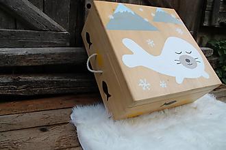 Nábytok - Maľovaná škatuľa na hračky - 11203937_