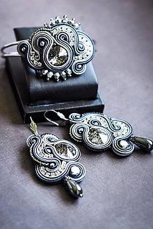 Sady šperkov - Elegantná šujtášová sada - náramok a náušnice - 11203607_
