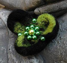 Odznaky/Brošne - plstený kvet - 11207912_