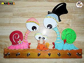 Detské doplnky - Vešiak na kľúče - slimáky - 11207700_