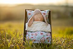 Hračky - Ovka nohatá s mosadznou rolničkou a mašľou (Béžová-staroružové-telové- bodkované ružové hnátiky) - 11208672_