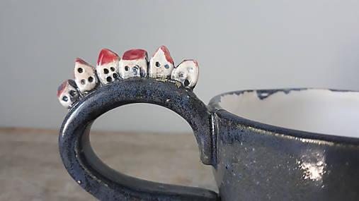 Šáločka s domčekami
