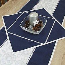 Úžitkový textil - CHRISTIAN - strieborné mandaly na bielej s modrou - obrúsok štvorec 40x40 - 11208504_