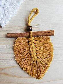 Dekorácie - Makramé pierko 10cm - 11208263_