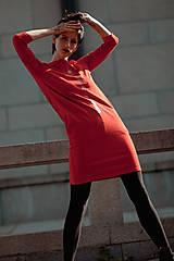 Šaty - FNDLK úpletové šaty 436 RVL - 11210681_