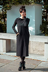 Šaty - FNDLK úpletové šaty 438 RVL midi s rozparkama - 11210729_