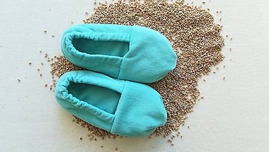 Obuv - VLNIENKA Vyhrievané papuče /Papuče na ohrievanie v mikrovlnke TERMOFOR na nohy z obilia - 11212515_