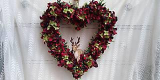 Dekorácie - Srdce z lupeňov ... veniec - 11213067_