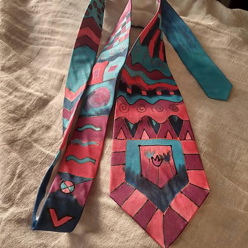 Maľovaná hodvábna kravata GEO