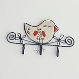 Dekorácie - vešiak s vtáčikom (vlčí mak) - 11217646_
