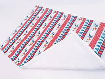 Textil - Biela ovečková deka s červeno-modrými zvieratkami 70*100cm - 11218861_