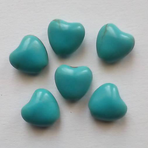 Prír.kameň-howlit-srdce 8mm-1ks (tyrkys)