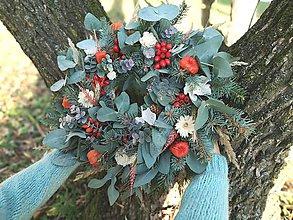 Dekorácie - Jesenný veniec s eucalyptusom - 11219067_