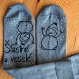 """Obuv - Maľované šedé vianočné ponožky s nápisom: """"Šťastné a veselé..."""" - 11219200_"""