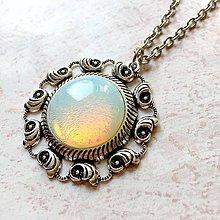 Náhrdelníky - Opalite Necklace / Výrazný náhrdelník s opalitom - 11220196_