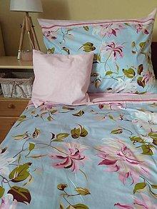 Úžitkový textil - Posteľné obliečky  ružový kvet na modrom - 11222017_