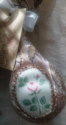 Drobnosti - Kvety v rose vianočna ozdôbka slza 18 cm - 11221608_
