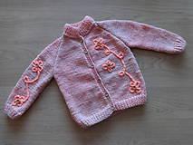 Detské oblečenie - Svetr dívčí pletený - 11220556_