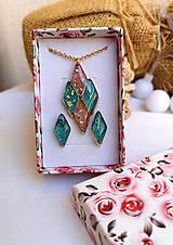 Sady šperkov - Sada náhrdelníka a náušníc zo živice, chirurgická oceľ - 11222549_