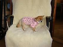 Pre zvieratká - Ručne pletený svetrík  pre psíka v ružovom - 11225026_