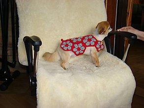 Pre zvieratká - Ručne háčkovaný svetrík pre psíka červeno šedý - 11225987_