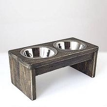 Pre zvieratká - Stolík na misky pre psíkov a mačičky - 11225598_