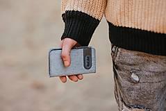 Na mobil - Knižkové puzdro sivé FELT - 11223818_