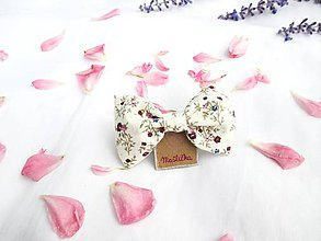 Ozdoby do vlasov - Roztomilá mašlička (s pinetkou) (maslová + purpurové kvety) - 11226423_