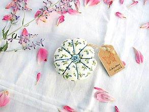 Úžitkový textil - Ihelníček - vankúšik na ihly (Čučoriedkový pampúšik) - 11226479_