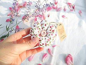 Úžitkový textil - Ihelníček - vankúšik na ihly (Jahodový zákusok) - 11226482_