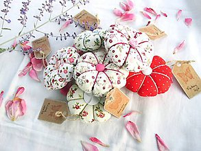 Úžitkový textil - Ihelníček - vankúšik na ihly (Na objednávku) - 11226495_