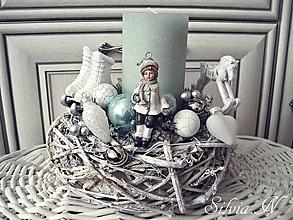 Dekorácie - Vianočná dekorácia jemne mentolová. - 11226544_