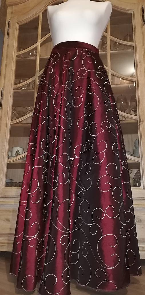 Dlhá taftová sukňa