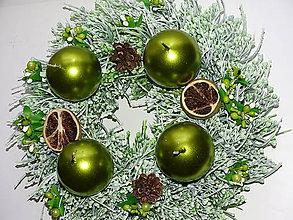 Dekorácie - Adventný veniec - zelený - 11225201_