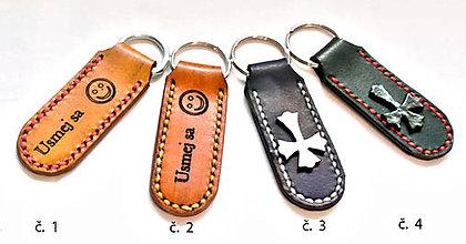 Kľúčenky - Kľúčenka ručne šitá gravírovaná - 11223839_