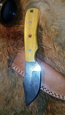 Nože - Damaskový lovecký nôž - 11228364_