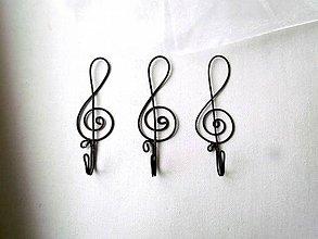 Nábytok - vešiak hudobný - 11229700_