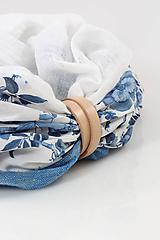 """Šatky - Dámsky elegantný kvetinový nákrčník """"BlueFloral"""" - 11231650_"""