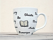 Nádoby - Maľovaný porcelánový hrnček pre knihomoľa - 11233541_